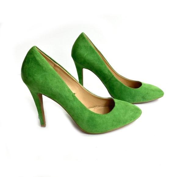 Zara Shoes - Zara Trafaluc Green Faux Suede Pumps